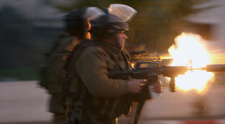 Israeli-soldiers-photo-on-front-page-of-New-York-Times-yesterday-by-Abbas-Momani-of-AFP.jpg
