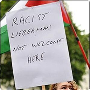 images_News_2009_11_12_racist-lieberman_300_0.jpg