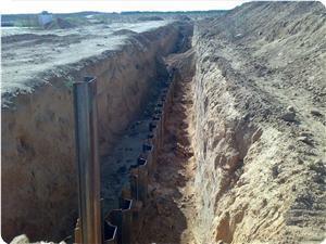 images_News_2009_12_18_egyptian-wall_300_0.jpg