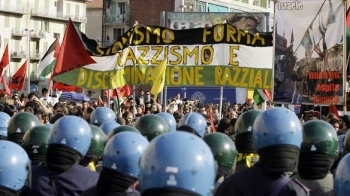 italy-protest-cp-4830280.jpg